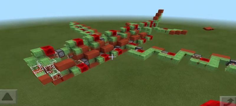 An absolutely insane Minecraft flying machine (Image via RageElixer on YouTube)
