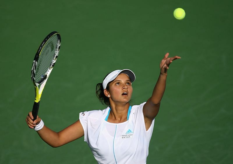 A wrist injury forced Sania Mirza to retire from her singles match in 2008