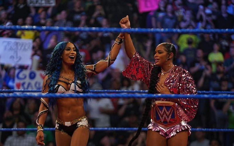 Sasha Banks returned on WWE SmackDown tonight