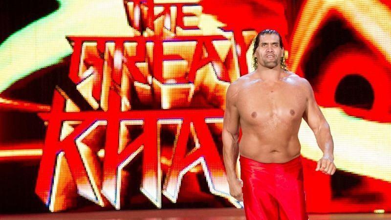 WWE में काम कर चुके भारतीय दिग्गज द ग्रेट खली और इस समय काम कर रहे रिंकू सिंह (दाएं)