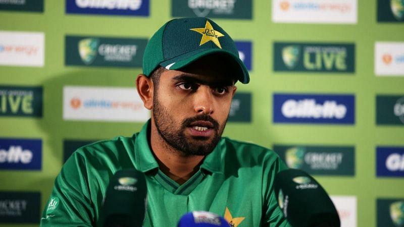 बाबर आजम ने तीसरे मैच में 139 गेंदों पर 158 रनों की बेहतरीन पारी खेली