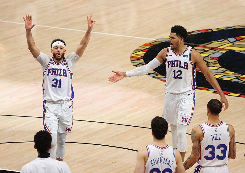Seth Curry #31 celebrates a bucket