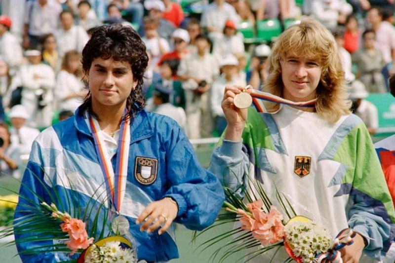 Steffi Graf - The tennis player who won a Golden Slam with the Olympic gold