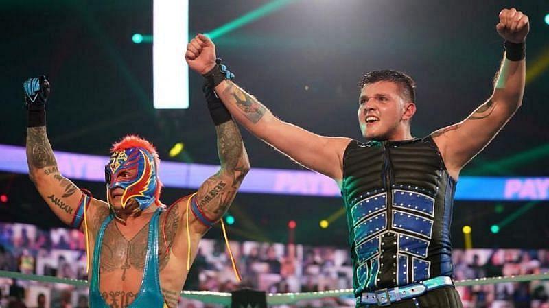 Rey Mysterio and Dominik