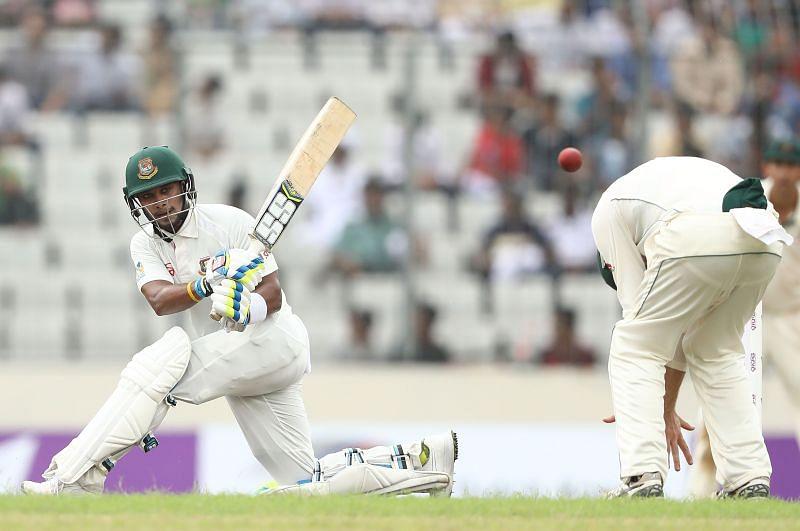Bangladesh v Australia - 1st Test: Day 3
