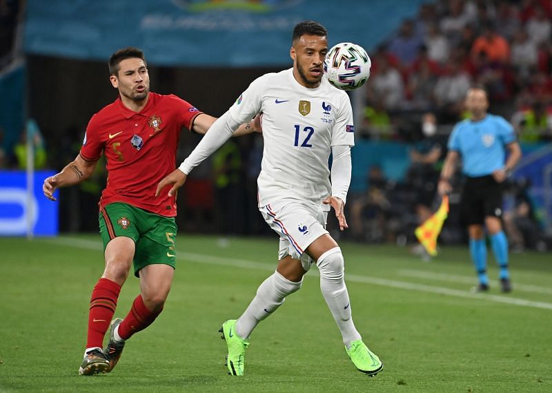 Tolisso in action for France