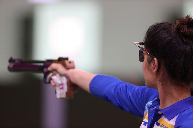 Shooting - Manu Bhaker in action