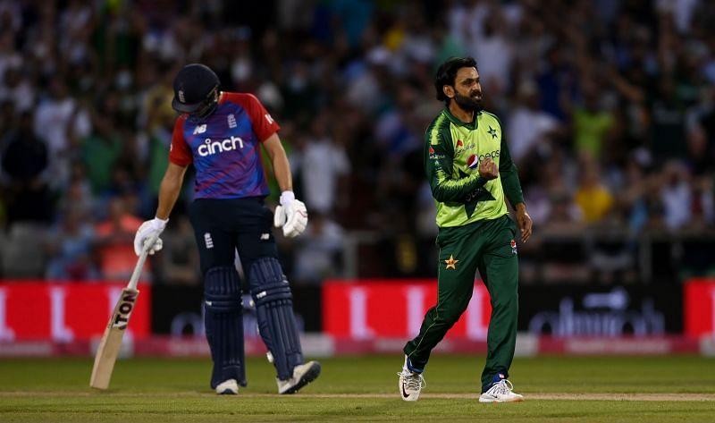 मोहम्मद हफीज ने तीसरे टी20 में जबरदस्त गेंदबाजी की