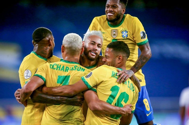 Brazil oust Chile to reach semi-finals