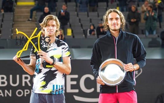 Stefanos Tsitsipas (right) fell to Andrey Rublev in the Hamburg final last year.