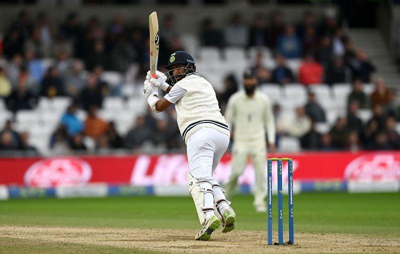 चेतेश्वर पुजारा ने इंग्लैंड के खिलाफ तीसरे टेस्ट के तीसरे दिन उम्दा पारी खेली
