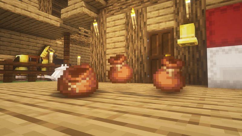 Bundles in the game (Image via Minecraft)