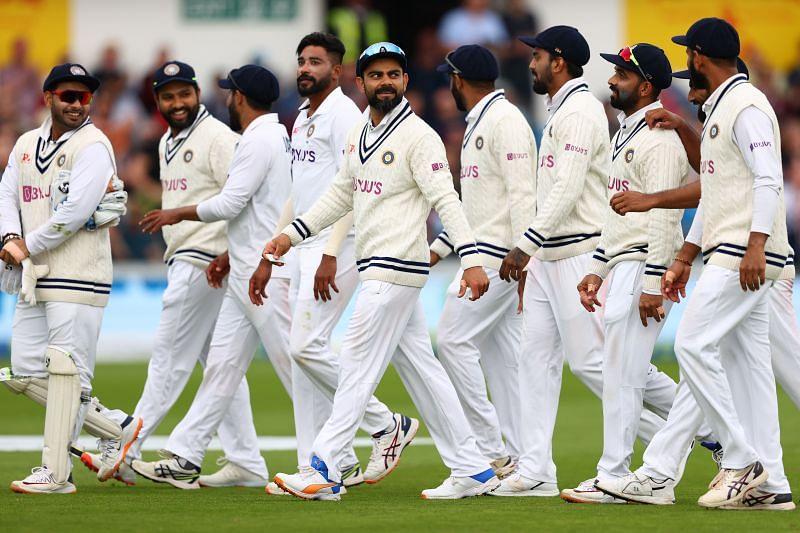 विराट कोहली की बल्लेबाजी और कप्तानी इस समय सवालों के घेरे में है