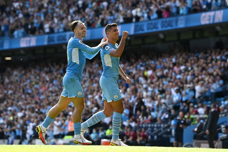 Manchester City pummeled a hapless Arsenal 5-0 in the Premier League encounter on Saturday.