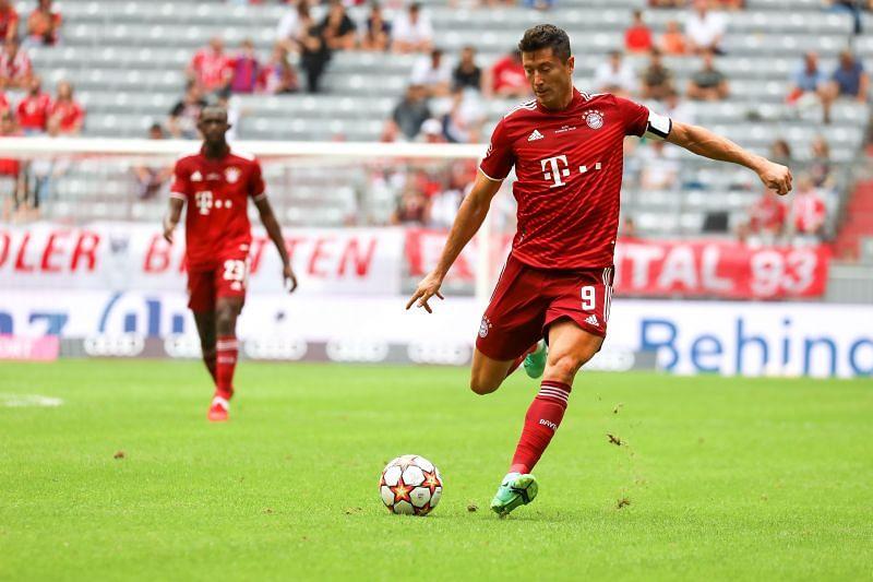 Robert Lewandowski scored just before the half-time whistle
