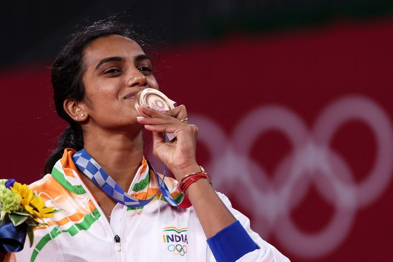 PV Sindhu at the medal ceremony