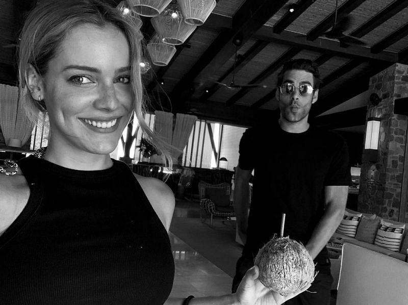 Alejandra Onieva and Jon Kortajarena (Image via ale_onieva/Instagram)