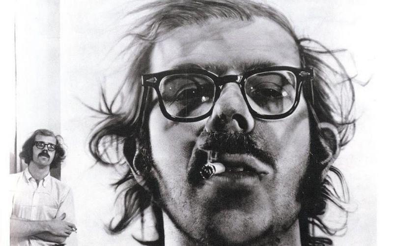 Chuck Close with the Big Self-Portrait (Image via Instagram/tharealchuckclose)