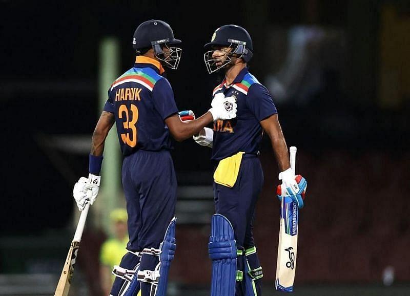 हार्दिक पांड्या और शिखर धवन श्रीलंका दौरे पर एकसाथ खेले थे