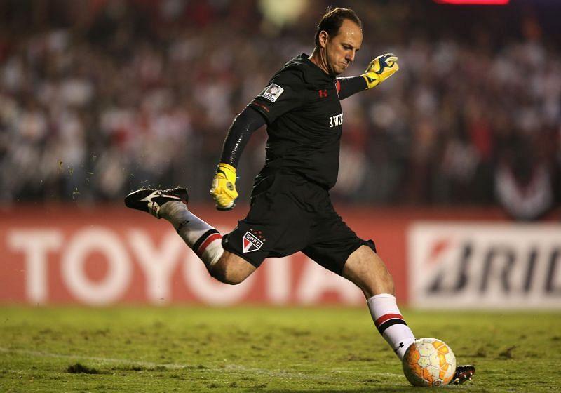 Rogerio Ceni during the Copa Bridgestone Libertadores 2015 Round of 16