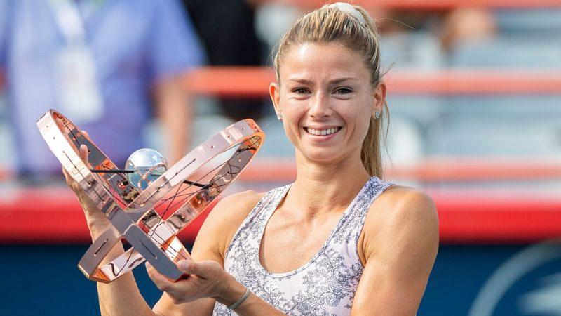 Camila Giorgi cu Cupa Națională a Băncii Naționale din Montreal