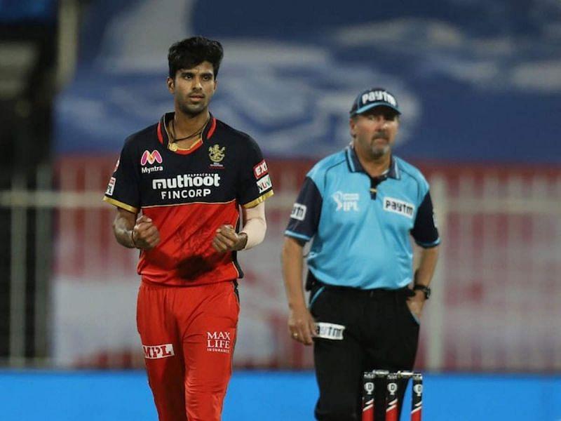 आईपीएल 2021 के पहले चरण में सुंदर पर कप्तान कोहली ने उतना भरोसा नहीं दिखाया था