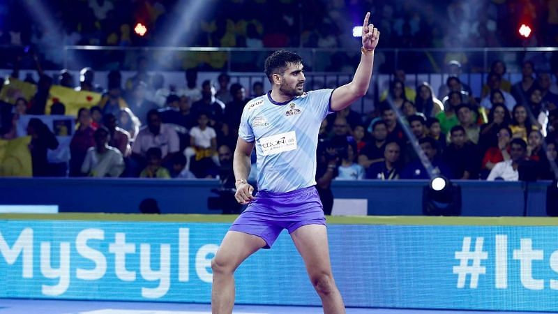 Rahul Chaudhari is the second only player in PKL to cross 1,000 points in history.