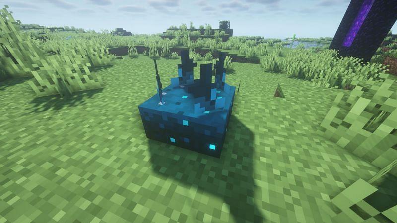 Sculk sensor (Image via Minecraft)