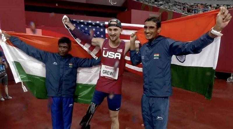 Tokyo Paralympicsमें मरियप्पन थंगवेलु ने रजत और शरद कुमार ने कांस्य पदक जीता