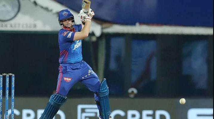 स्टीव स्मिथ आईपीएल में दिल्ली कैपिटल्स के लिए खेलते हैं। नियमित कप्तान श्रेयस अय्यर भी चोट के बाद ठीक होकर वापस आ गए हैं।