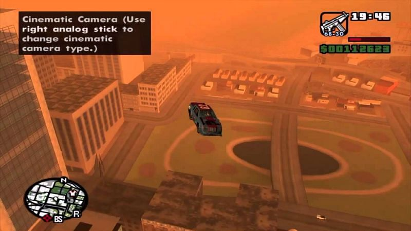 飞行汽车作弊是 GTA San Andreas 中最古怪的作弊之一(图片来自 Gold Prime,YouTube)