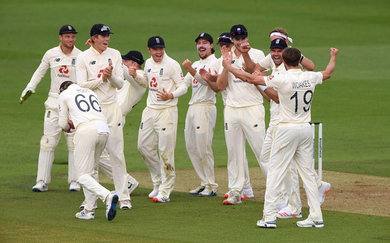 England v Pakistan: Day 1 - Second Test #RaiseTheBat Series