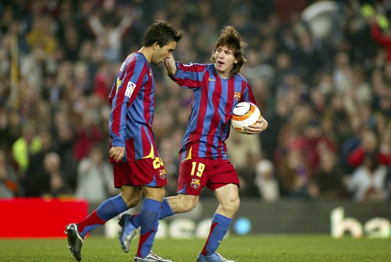 Messi came on for Deco to make his debut