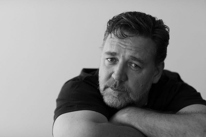 Actor, director, musician, and singer Russell Crowe (Image via WallpaperAccess)