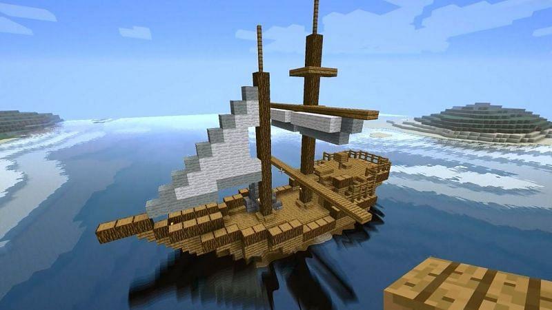 A simple pirate ship (Image via Mojang)