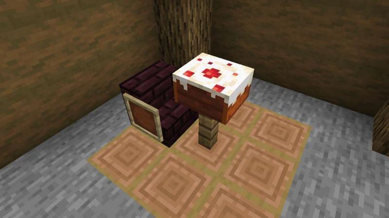 Eating cake (Image via Minecraft)
