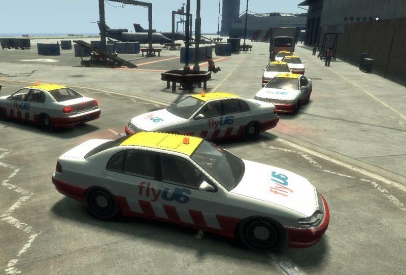An example of car clumping in GTA (Image via Rockstar Games)