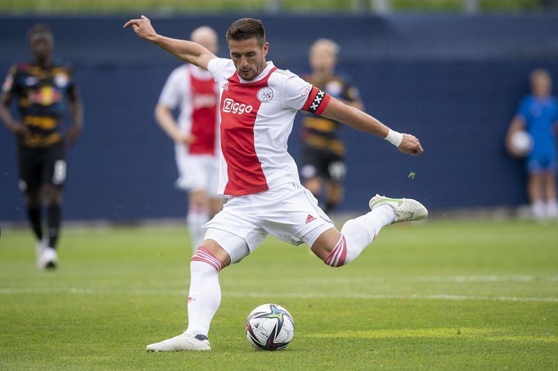 Ajax face FC Twente at Grolsch Veste Stadium on Sunday
