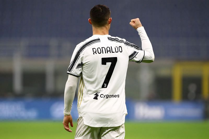 Cristiano Ronaldo may not get the number 7 shirt at Manchester United