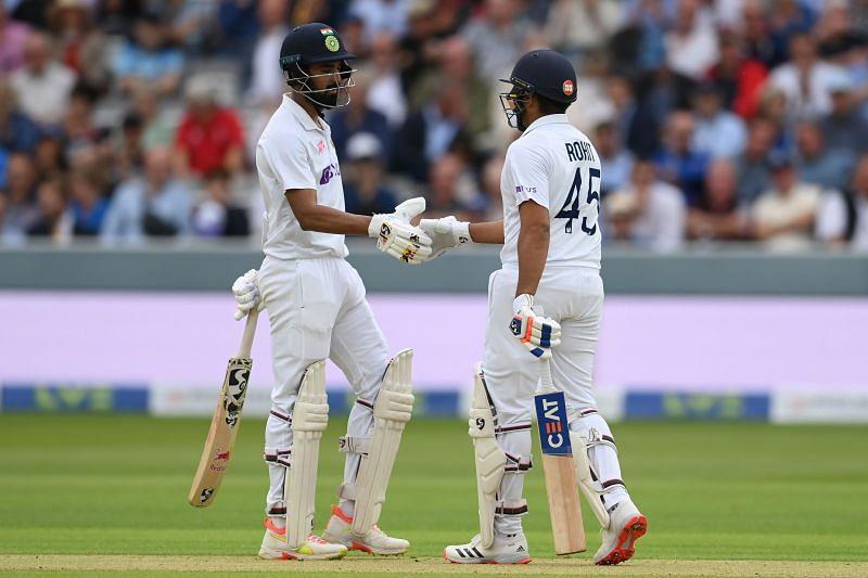 England v India - रोहित शर्मा 20 रन और के एल राहुल 22 रन बनाकर क्रीज़ पर मौजूद हैं