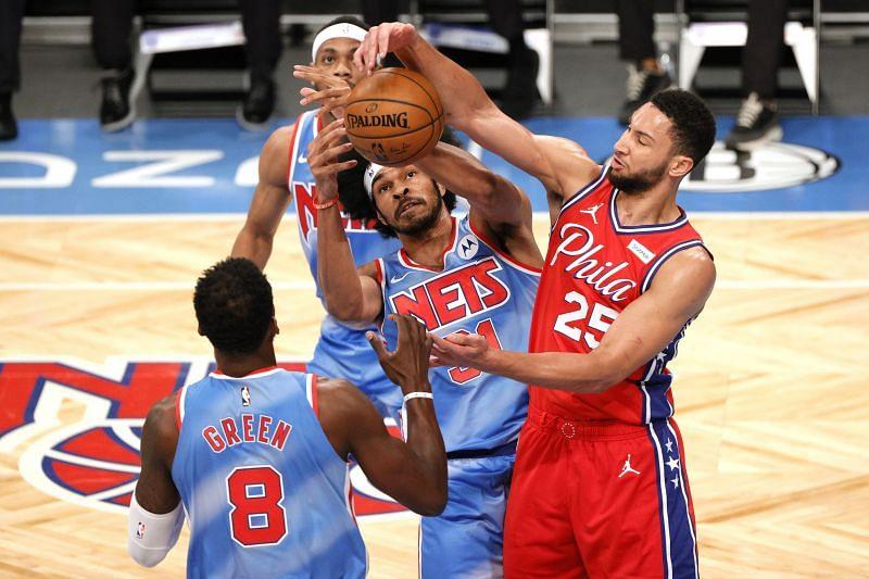 Ben Simmons battles the Brooklyn Nets