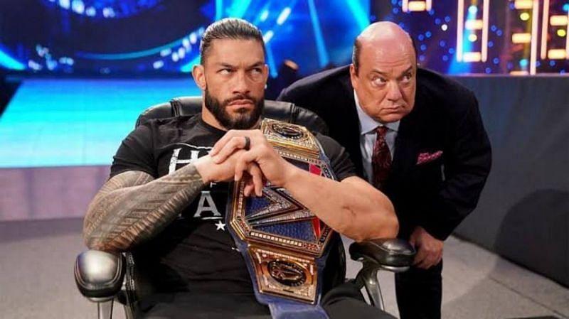 WWE यूनिवर्सल चैंपियन रोमन रेंस और पॉल हेमन