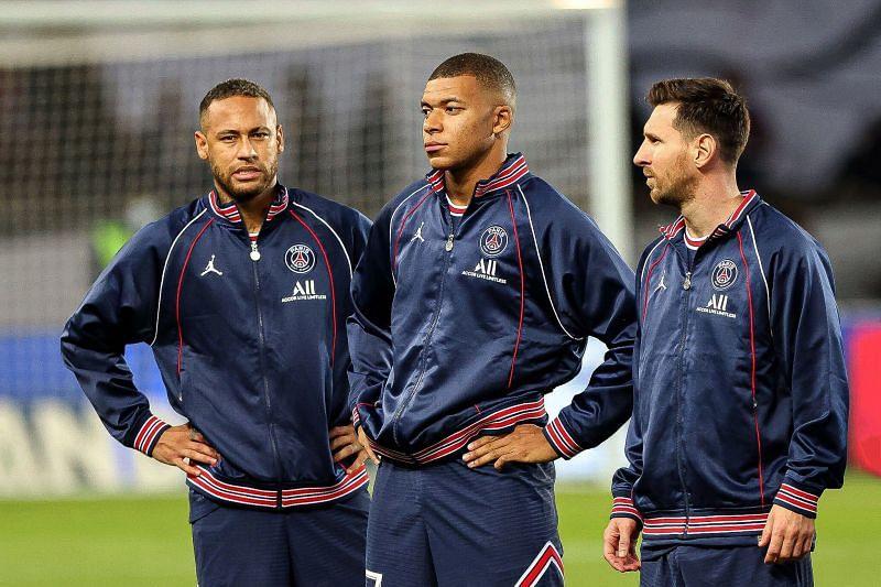 तीनों टॉप खिलाड़ियों का आपसी तालमेल और जोरदार प्रदर्शन देखने को फैंस बेताब हैं।