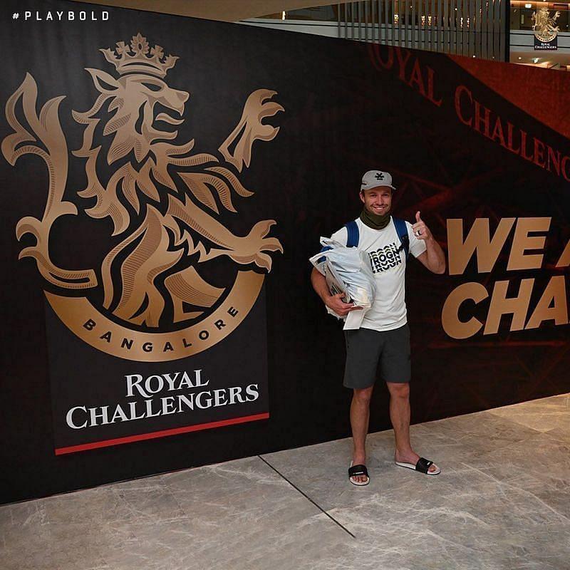 एबी डीविलियर्स आईपीएल के लिए दुबई पहुंचे (Photo Credit - RCB)