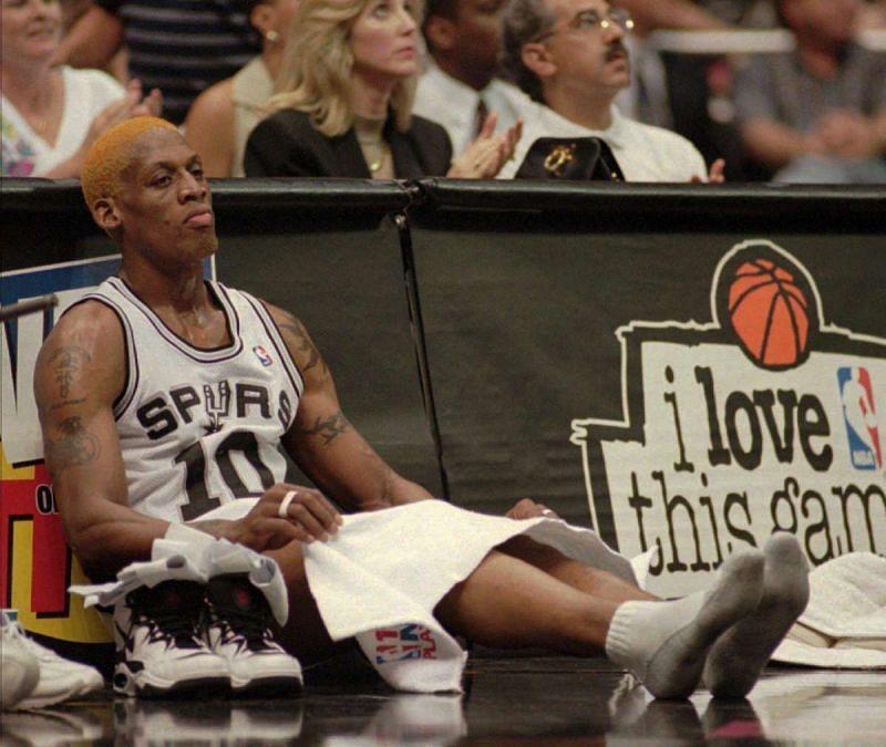 Dennis Rodman with the San Antonio Spurs [Source: mySA]
