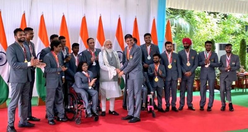 PM Modi met all the para-athletes and hailed their achievements