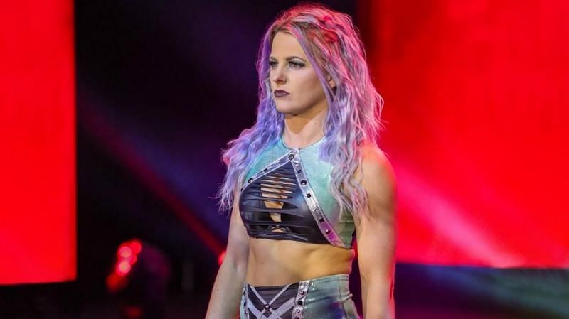 Candice LeRae's WWE contract will not end wi Johnny Gargano's deal comes to an end