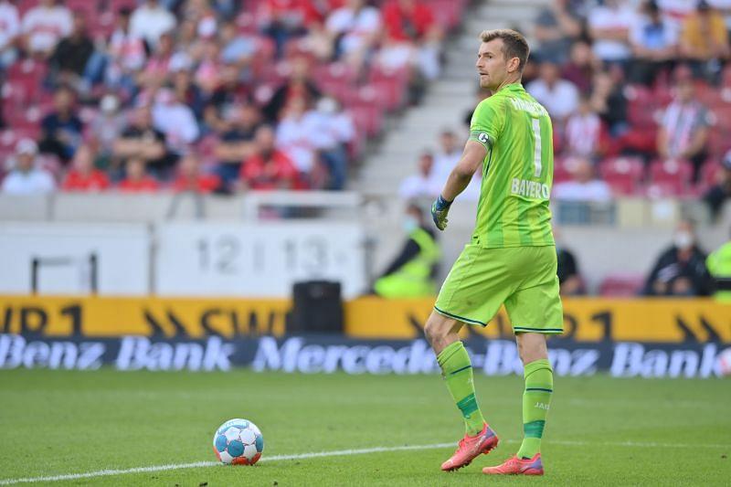 Bayer 04 Leverkusen take on Mainz in a Bundesliga game on Saturday