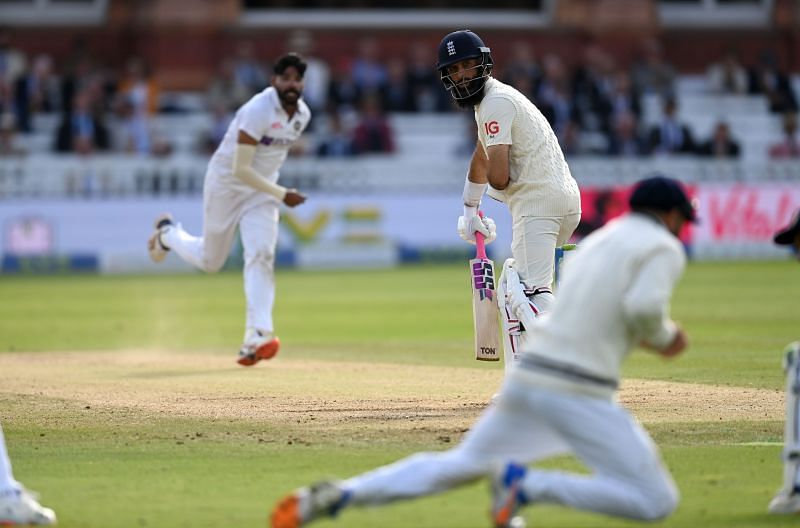 Aakash Chopra feels the slip cordon will be kept busy during the Old Trafford Test