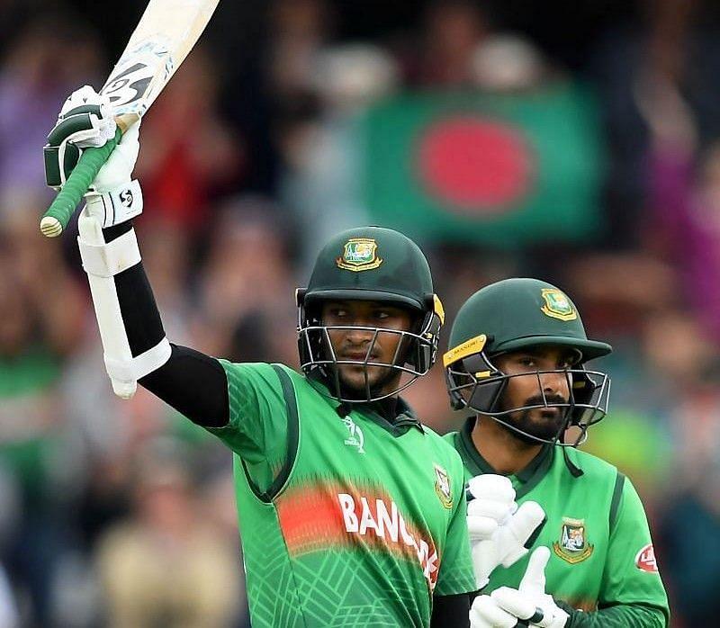शाकिब अल हसन बांग्लादेश के दिग्गज ऑलराउंडर खिलाड़ी हैं